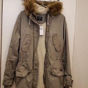 ABERCROMBIE AND FITCH Coat jacket anorak fur hood